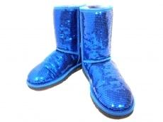 UGG(アグ) ショートブーツ レディース美品  3161 ブルー