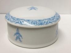 Chopard(ショパール) 小物入れ美品  白×ライトブルー ピエロ 陶器