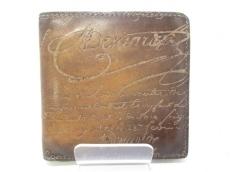 berluti(ベルルッティ) 2つ折り財布 ブラウン カリグラフィー レザー