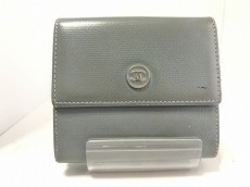 CHANEL(シャネル) Wホック財布 ココボタン ライトブルー レザー