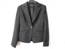 INDIVI(インディビ) ジャケット サイズ38 M レディース美品