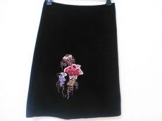 ヴィヴィアンタム スカート レディース 黒×マルチ 花柄/刺繍