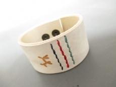 HENRY CUIR(アンリークイール) ブレスレット レザー 白 刺繍