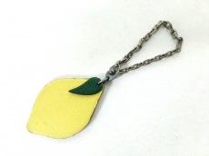 エルメス キーホルダー(チャーム)美品  フルーツキーホルダー レモン