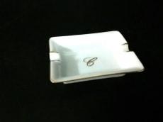 Chopard(ショパール) 小物美品  アイボリー×ゴールド 灰皿 陶器
