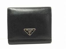 PRADA(プラダ) 3つ折り財布 - 黒 サフィアーノレザー