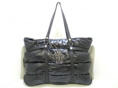 MONCLER(モンクレール) トートバッグ 黒 ダウン 化学繊維×レザー