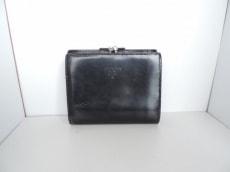 PRADA(プラダ) 2つ折り財布 - 黒 がま口 レザー