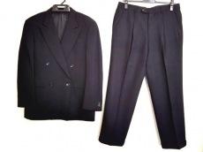 アルマーニコレッツォーニ ダブルスーツ サイズ46R メンズ 黒