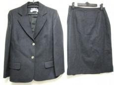 サルバトーレフェラガモ スカートスーツ レディース美品