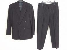 ARMANICOLLEZIONI(アルマーニコレッツォーニ) シングルスーツ メンズ