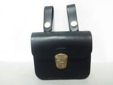 HERZ(ヘルツ) バッグ美品  黒 ベルトポーチ レザー