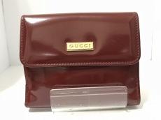 GUCCI(グッチ) Wホック財布 - - レッド エナメル(レザー)