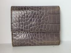 FURLA(フルラ) 3つ折り財布 パープル 型押し加工 レザー