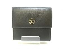 CHANEL(シャネル) Wホック財布美品  ココボタン 黒 レザー