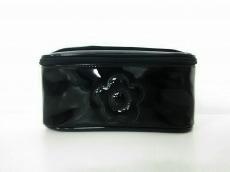 マリークワント バニティバッグ 黒 フラワー PVC(塩化ビニール)