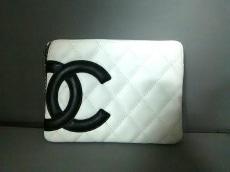 CHANEL(シャネル) ポーチ カンボンライン 白×黒 レザー