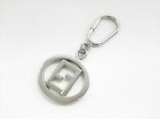 FENDI(フェンディ) キーホルダー(チャーム) シルバー 金属素材