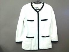 CHANEL(シャネル) ジャケット サイズ44 L レディース アイボリー×黒