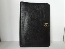 CHANEL(シャネル) 2つ折り財布 - 黒 レザー