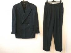 ジョルジオアルマーニ シングルスーツ メンズ美品  ストライプ