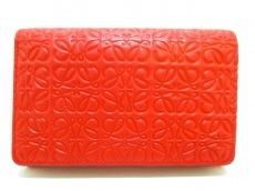 ロエベ 2つ折り財布 - レッド 型押し加工/リピートライン レザー