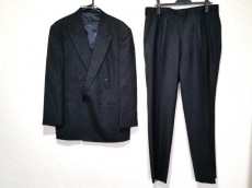 ゼニア ダブルスーツ メンズ 黒×グレー ストライプ