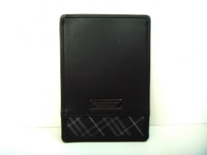 バーバリーブラックレーベル カードケース美品  黒×マルチ