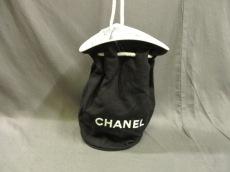 CHANEL(シャネル) ワンショルダーバッグ - 黒×白 巾着型/ノベルティ