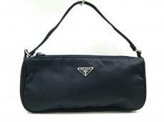 PRADA(プラダ) ハンドバッグ美品  - 黒 ミニ ナイロン