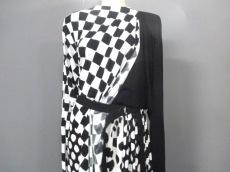 ルイヴィトン ワンピース サイズS レディース美品  白×黒 ドット柄