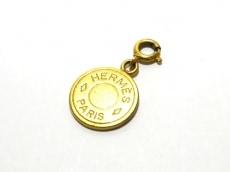 HERMES(エルメス) ペンダントトップ セリエ 金属素材 ゴールド