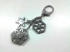 ルイヴィトン キーホルダー(チャーム) シルバー×クリア 雪の結晶
