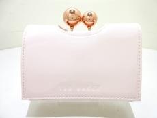 テッドベイカー 3つ折り財布美品  ピンク×ピンクゴールド がま口