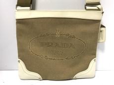 プラダ ショルダーバッグ美品  ロゴジャガード ブラウン×白 革タグ