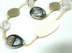ノーベスパジオ ネックレス 金属素材×プラスチック×化学繊維