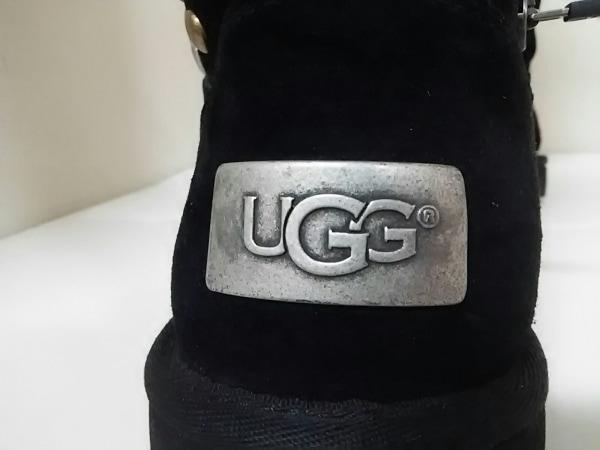 美品 UGG(アグ) ブーツ AVONDALE レディース 黒×シルバー×ゴールド 7