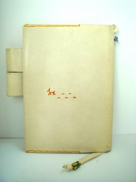 アンリークイール 手帳 ライトグレー 犬/糸井重里 レザー 3