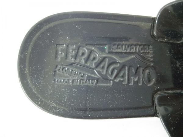 フェラガモサンダル 5