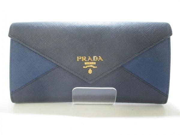 プラダ長財布 1