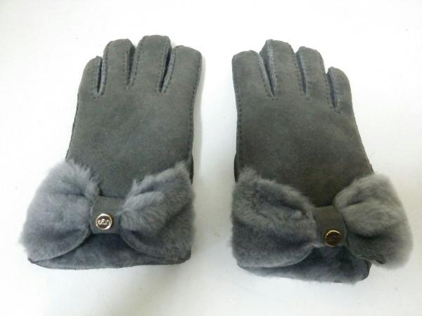 アグ手袋 2