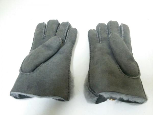 アグ手袋 3