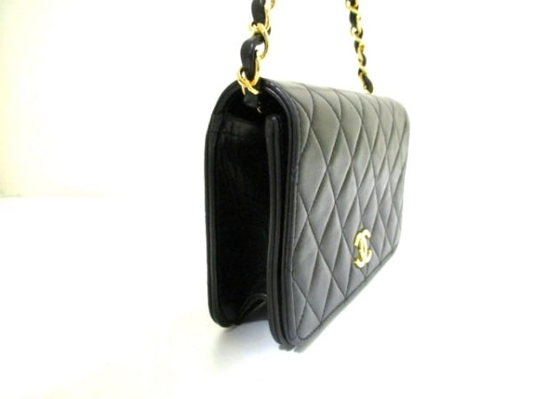 シャネル ショルダーバッグ 美品 ミニマトラッセ A03571 黒 2