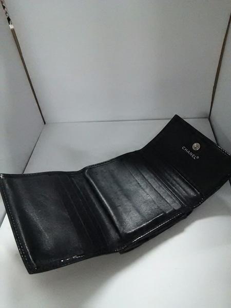 シャネル Wホック財布 - 黒 エナメル(レザー) CHANEL 3