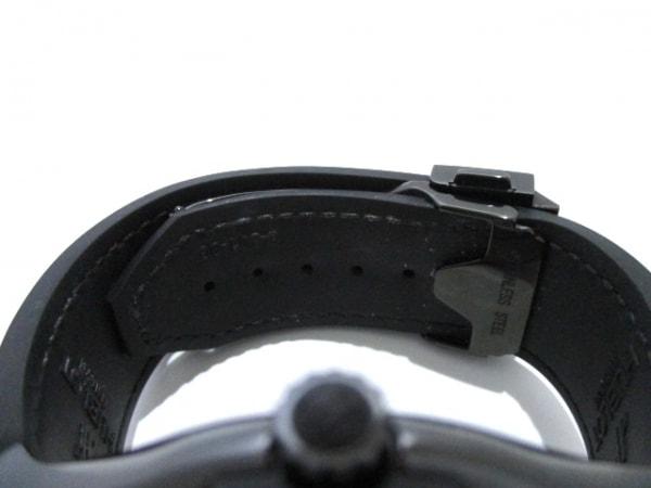 HUBLOT(ウブロ) 腕時計 美品 511.CM.0500.VR.BER16 メンズ 黒 4