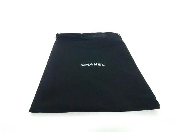 CHANEL(シャネル) ポーチ - 白×黒×マルチ キルティング/ノベルティ 7