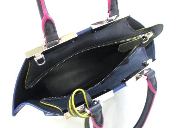 フェンディ ハンドバッグ美品  プチトロワジュール 8BH333-5C3 黒 5