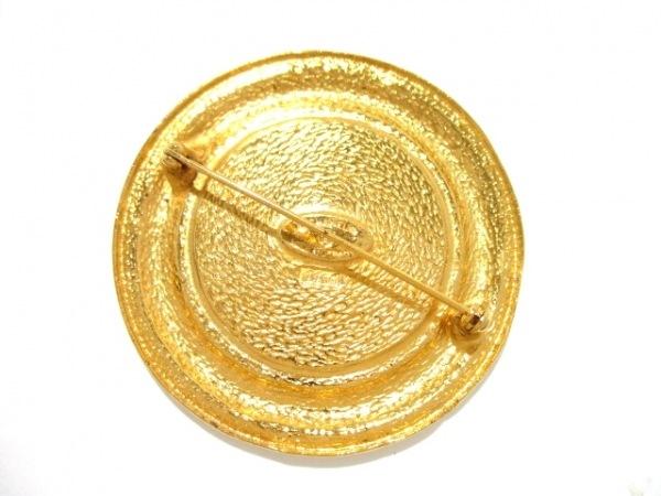CHANEL(シャネル) ブローチ美品  金属素材 ゴールド 2