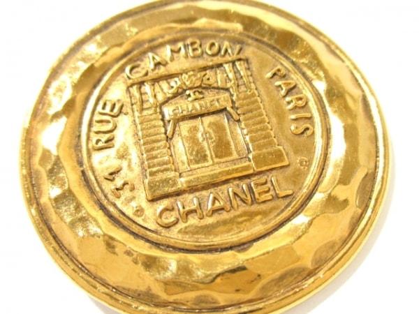 CHANEL(シャネル) ブローチ美品  金属素材 ゴールド 6