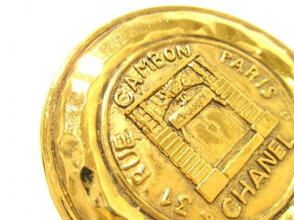 CHANEL(シャネル) ブローチ美品  金属素材 ゴールド 7